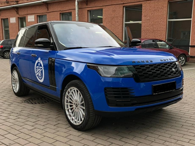 Range Rover в плёнке Avery Gloss Blue