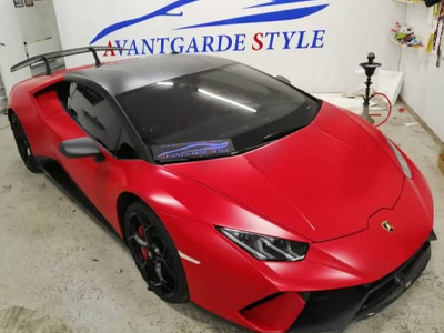 Lamborghini Huracán в автопленке Avery Satin Carmine Red