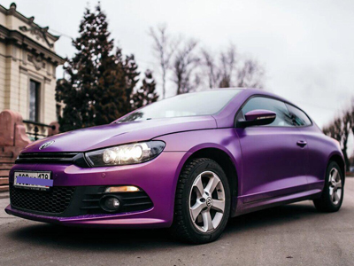 Volkswagen в пленке Avery Satin Metallic Blissful Purple
